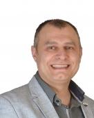 associate Ιωάννης Μουτζίκος
